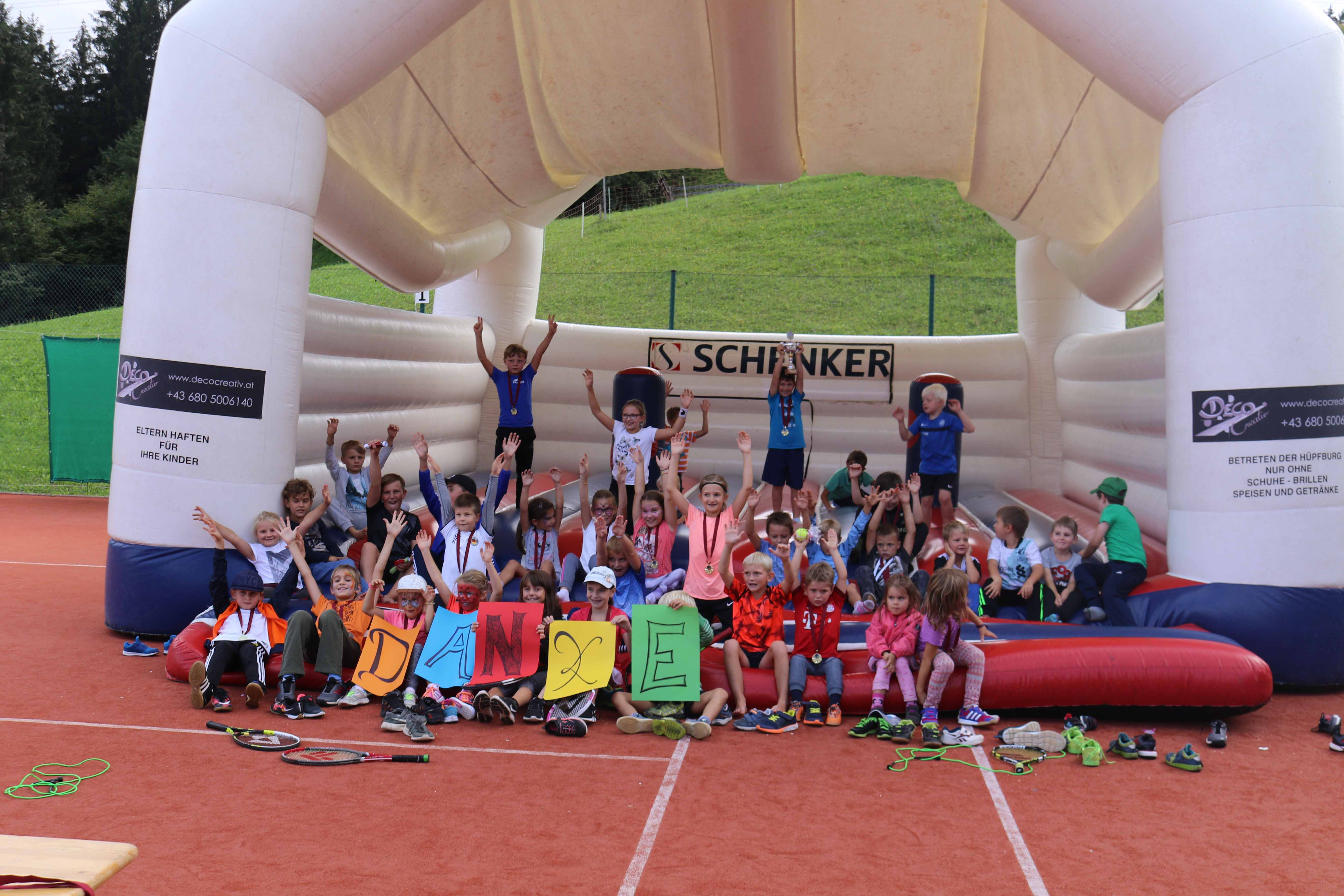 SVO-Tennis » Kidsturnier brachte Kinderaugen zum Strahlen…